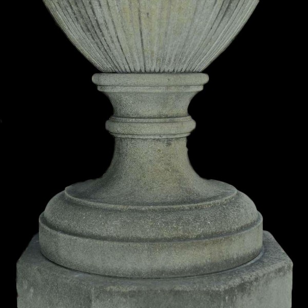 covered_urn_socle_l