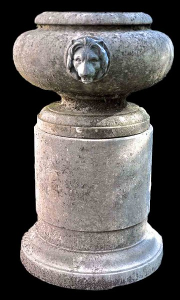 lion_head_urn_and_pedestal_main_l
