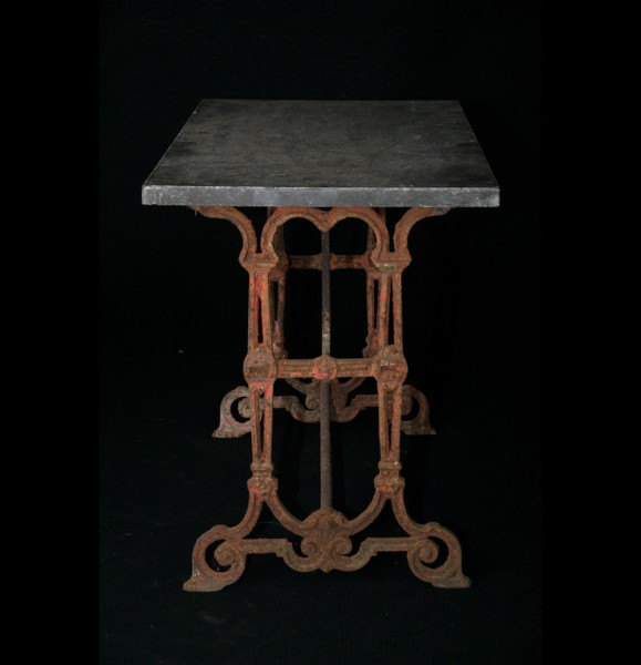 A20-Antique-garden-table-4